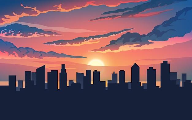 Skyline della città con cielo nuvoloso al tramonto