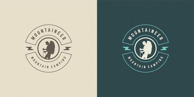 Scalatore logo emblema avventura all'aperto spedizione vettoriale illustrazione alpinista uomo silhouette per camicia o timbro di stampa. design distintivo tipografia vintage.