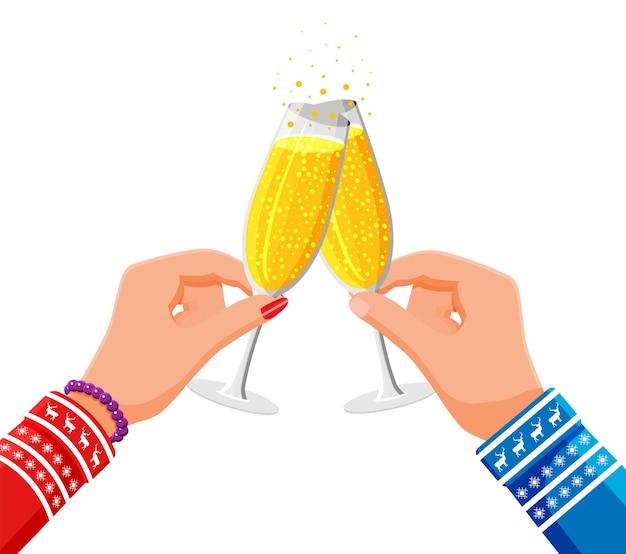 Vetro tintinnante nelle mani, bevanda champagne. concetto di brindisi di natale. bandiera di felice anno nuovo. buon natale vacanza. capodanno e festa di natale. stile piatto di illustrazione vettoriale