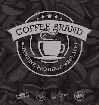Fondo delle etichette e dei chicchi di caffè del caffè