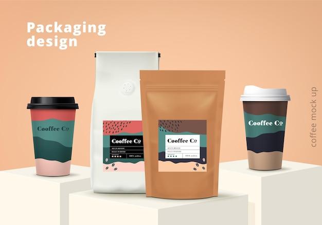 Insieme di progettazione del modello di imballaggio del caffè. modello realistico. illustrazione vettoriale.