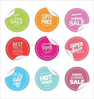 Collezione di distintivi moderni colorati ed etichette