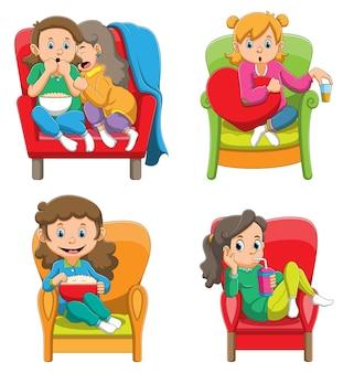 La raccolta delle ragazze che guardano e si siedono sul divano con le diverse pose dell'illustrazione