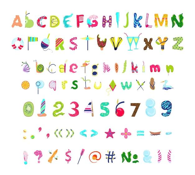 Raccolta di lettere numeri e segni di punteggiatura con oggetti estivi