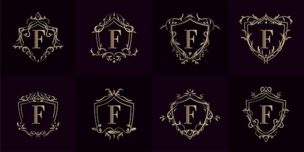 Collezione di logo f iniziale con ornamenti di lusso