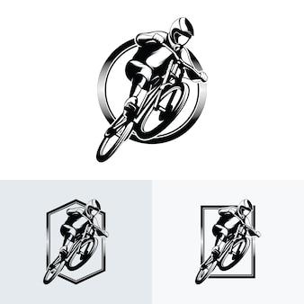 Raccolta di mountain bike logo design illustrazione del modello