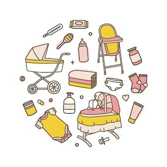 Collezione di prodotti per la cura del neonato isolato su bianco
