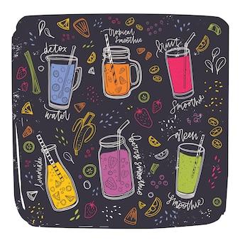 Raccolta di frullati in bicchieri, bottiglie, barattoli e brocche con paglia circondata da fette di frutta esotica e bacche