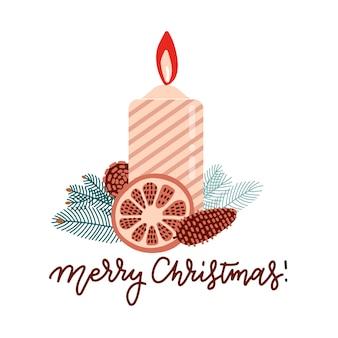 Coloor candela natalizia fiammeggiante con rami di albero di natale, bacche di agrifoglio e bacche.