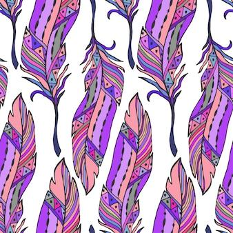 Piume colorate senza soluzione di continuità in stile etnico. disegnato a mano zentangle pattern doodle ornamento con piume vettore