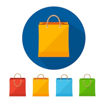 Insieme dell'icona di vendita del sacchetto di carta colorato isolato su priorità bassa bianca.
