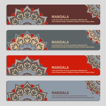 Set colorato di banner ornamentali con mandala. elementi decorativi vintage.