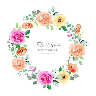 Corona di rose floreale dell'acquerello colorato