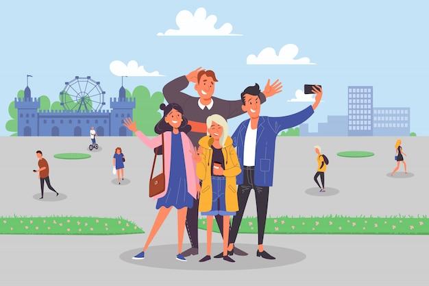 Compagnia di amici, uomo e donna che sorridono per la foto, turisti con il concetto di fotocamera