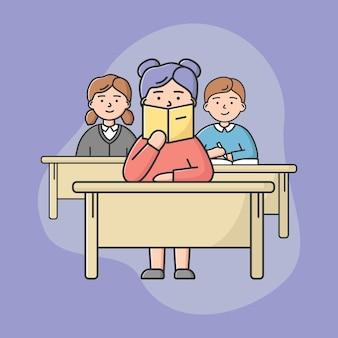 Concetto di istruzione scolastica. studenti ragazzi seduti sulla lezione in aula. alunni ragazzi e ragazze sedute alla scrivania e insegnante di ascolto. stile piano contorno lineare del fumetto. illustrazione vettoriale.