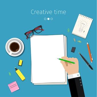 Concetto per abbozzare idee. mano con la matita sul foglio di carta bianco.