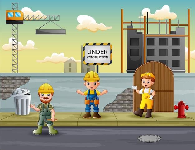 Operaio edile con manager in cantiere