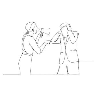 Immagine continua di un giovane manager frustrato che urla al suo staff di sesso maschile spaventato usando un megafono