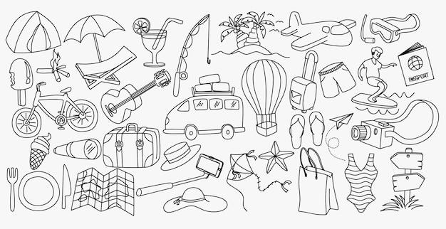 Set di schizzi disegnati a mano di roba da cucina