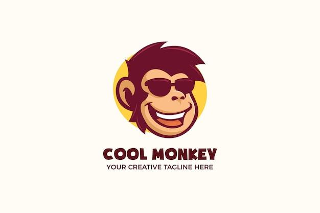 Modello di logo del personaggio della mascotte degli occhiali da indossare cool scimmia