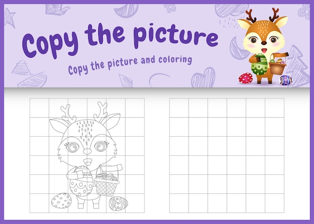 Copia l'immagine del gioco per bambini e la pagina da colorare a tema pasqua con un simpatico cervo che tiene l'uovo secchio e l'uovo di pasqua
