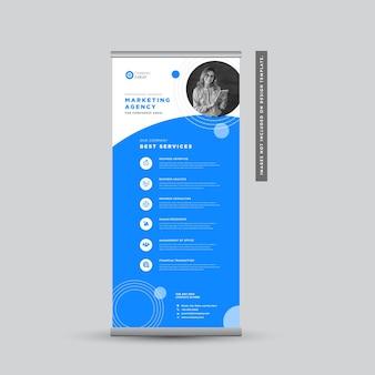 Progettazione di banner rollup aziendale