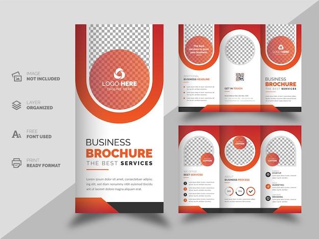 Brochure aziendale a tre ante e modello di progettazione flyer