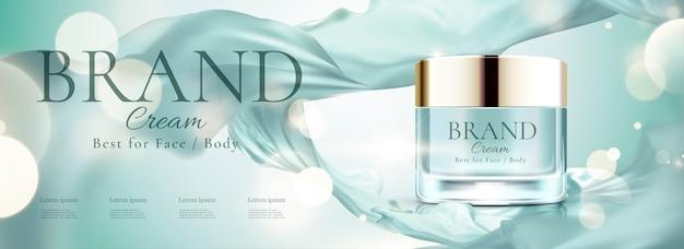 Banner pubblicitari cosmetici con barattolo di crema per il viso e chiffon volante
