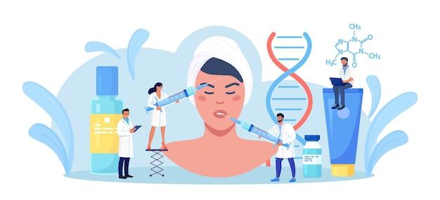 Cosmetologia, dermatologia. donna che ottiene procedura di iniezione di botox dal dottore nel salone di bellezza per il ringiovanimento della pelle. cosmetologo tiene la siringa con acido ialuronico. trattamento per le rughe del viso