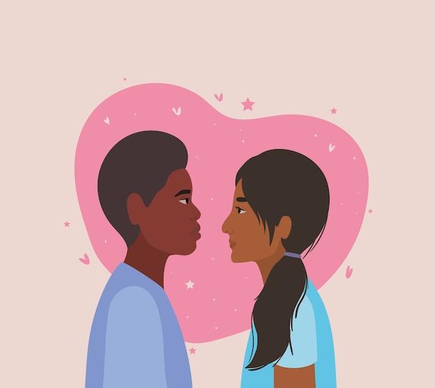 Coppia di donna indiana e uomo di colore in vista laterale davanti al tema del disegno del cuore, amore di relazione e romanticismo