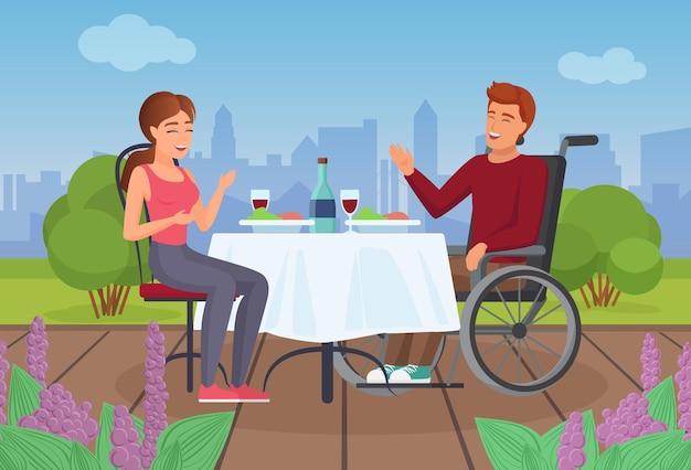 Coppia di persone mangia in terrazza in estate uomo disabile in sedia a rotelle che cena con una ragazza Vettore Premium