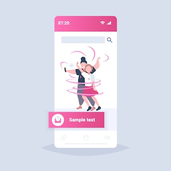 Coppia con nastri rosa uomo donna prendendo selfie foto giornata mondiale del cancro prevenzione della consapevolezza della malattia al seno