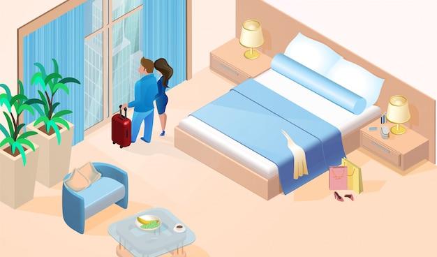 Coppia donna e uomo con bagagli vicino alla finestra