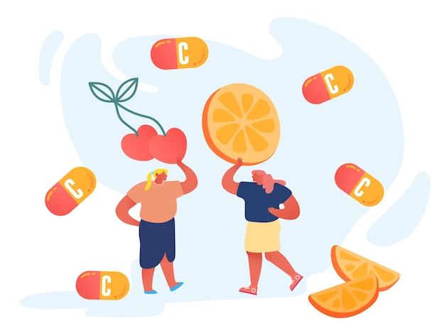 Coppia di giovani donne che tengono enorme ciliegia e fetta d'arancia.