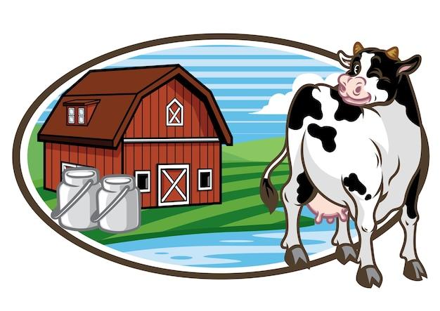Mucca e lo sfondo del terreno dell'azienda agricola