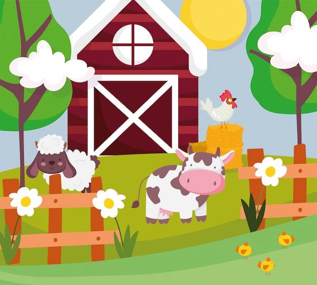 Mucca pecore e gallo in animali da fattoria alberi recinzione fienile fienile