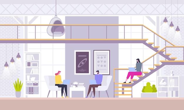 Interiore dell'ufficio di coworking con gente casuale che lavora