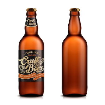 Set di birra artigianale, un modello di contenitore vuoto uno con etichetta ed su sfondo bianco nell'illustrazione