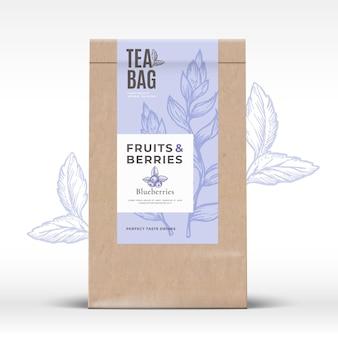 Sacchetto di carta artigianale con etichetta tè frutta e bacche.