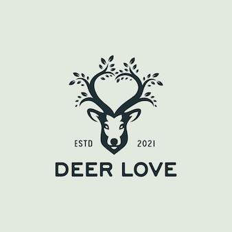Illustrazione creativa della fauna selvatica dei cervi con il simbolo dell'amore e il logo vintage del logo del segno della foglia dell'albero