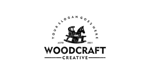 Logo creativo per falegnameria, logo vintage, abbigliamento, negozio di giocattoli, logo di giocattoli per bambini.