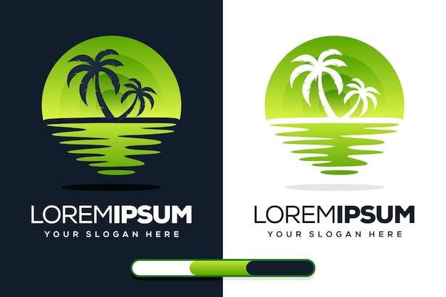 Design creativo del logo della palma e della spiaggia