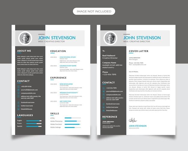 Design creativo del curriculum con accento ciano