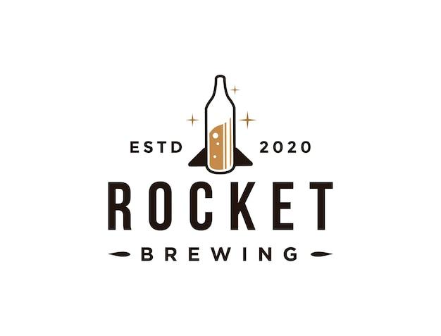 Logo creativo della birra del razzo, bottiglia dell'illustrazione del razzo