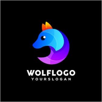 Vettore di progettazione logo colorato lupo creativo