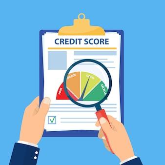 Controllo dell'analisi del rapporto di valutazione del punteggio di credito,