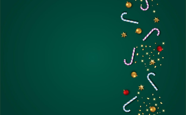 Decorazioni natalizie su spazio verde