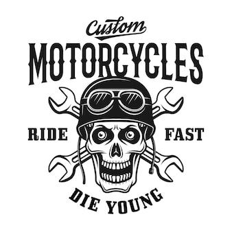 Emblema, etichetta, distintivo o logo vintage di motociclette personalizzate con teschio nel casco