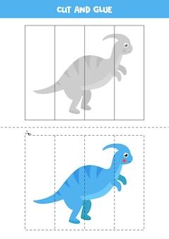 Taglia e incolla gioco per bambini. simpatico dinosauro blu parasaurolophus. pratica di taglio per bambini in età prescolare. foglio di lavoro educativo per bambini.