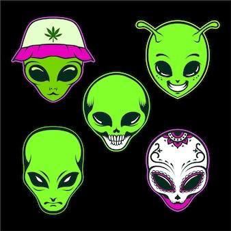 Simpatico set di illustrazioni vettoriali per la testa aliena